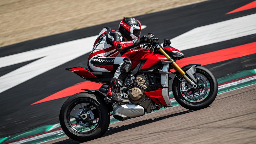 Ducati — DIE NEUE STREETFIGHTER V4 - SO MUSS NAKED BIKE
