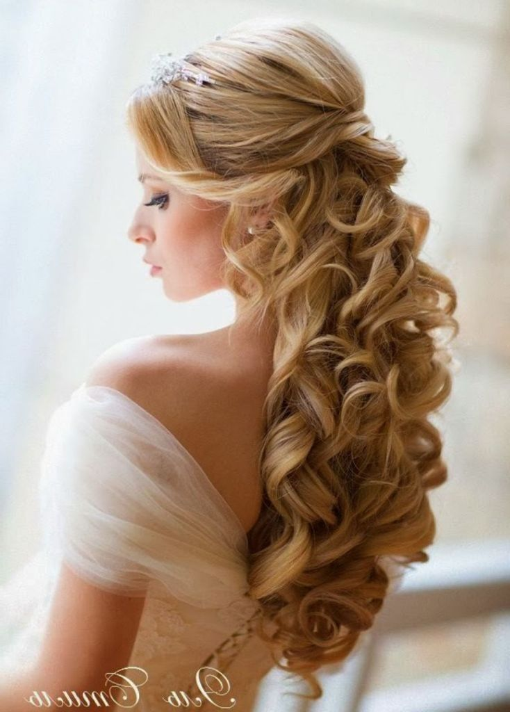 Wedding hairstyle for medium long hair: Curly half up half down ...