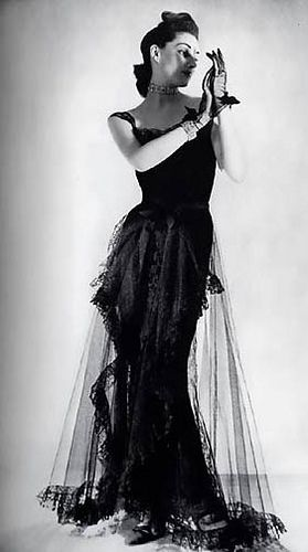 The Original Little Black Dress Chanel Circa 1939 Gowns A Go Go