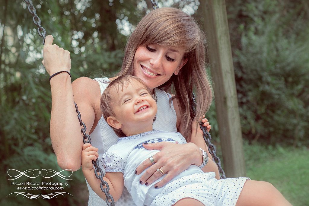 Piccoli Ricordi Photography - Family Portfolio | Flickr - Photo Sharing!  #altalena #mamma #mother #smile #happiness #baby