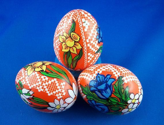 Hand Painted Eggs | Easter Eggs - Pysanky, hand painted decorative Chicken egg pysanka