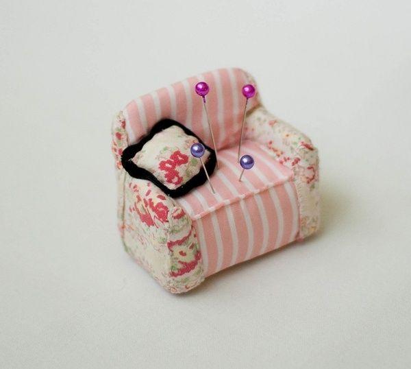pin storage box felt needle cushion