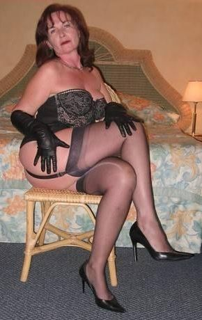 bbw mature stocking