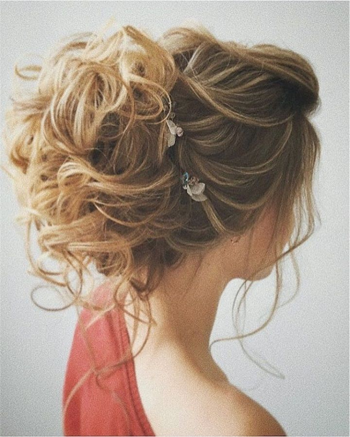 Pretty Messy Updo Wedding Hairstyle Messy Hair Updo And Messy Updo