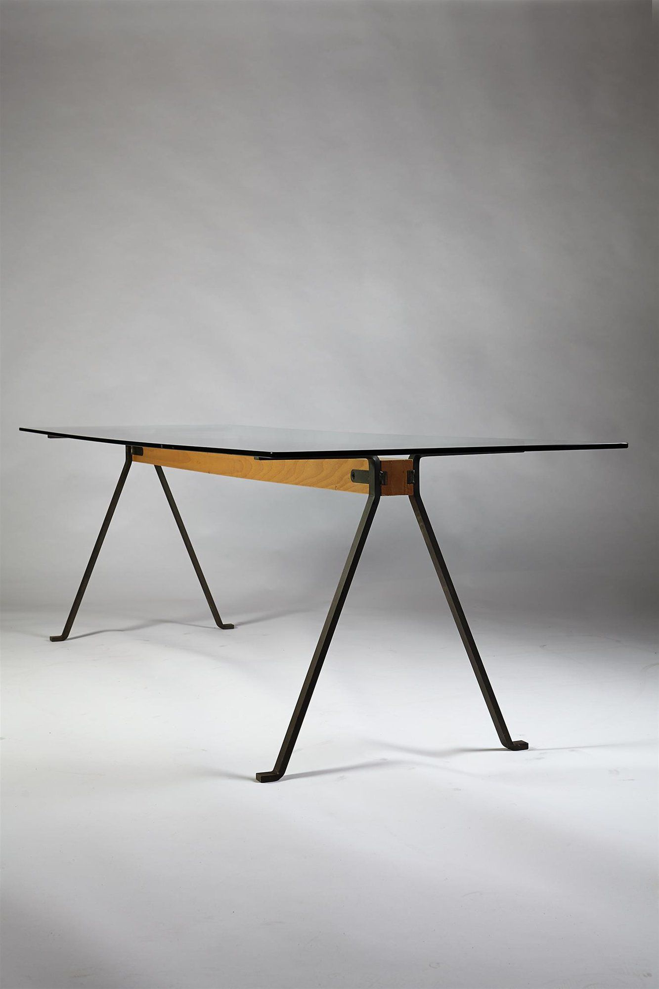 Silla Enzo Mari Frate Dining Table Designed By Enzo Mari For Driade