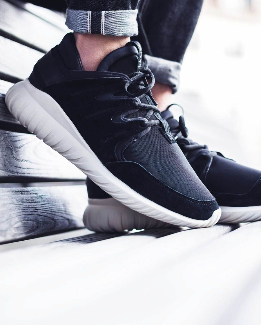 sizing on adidas tubular nova : Sneakers