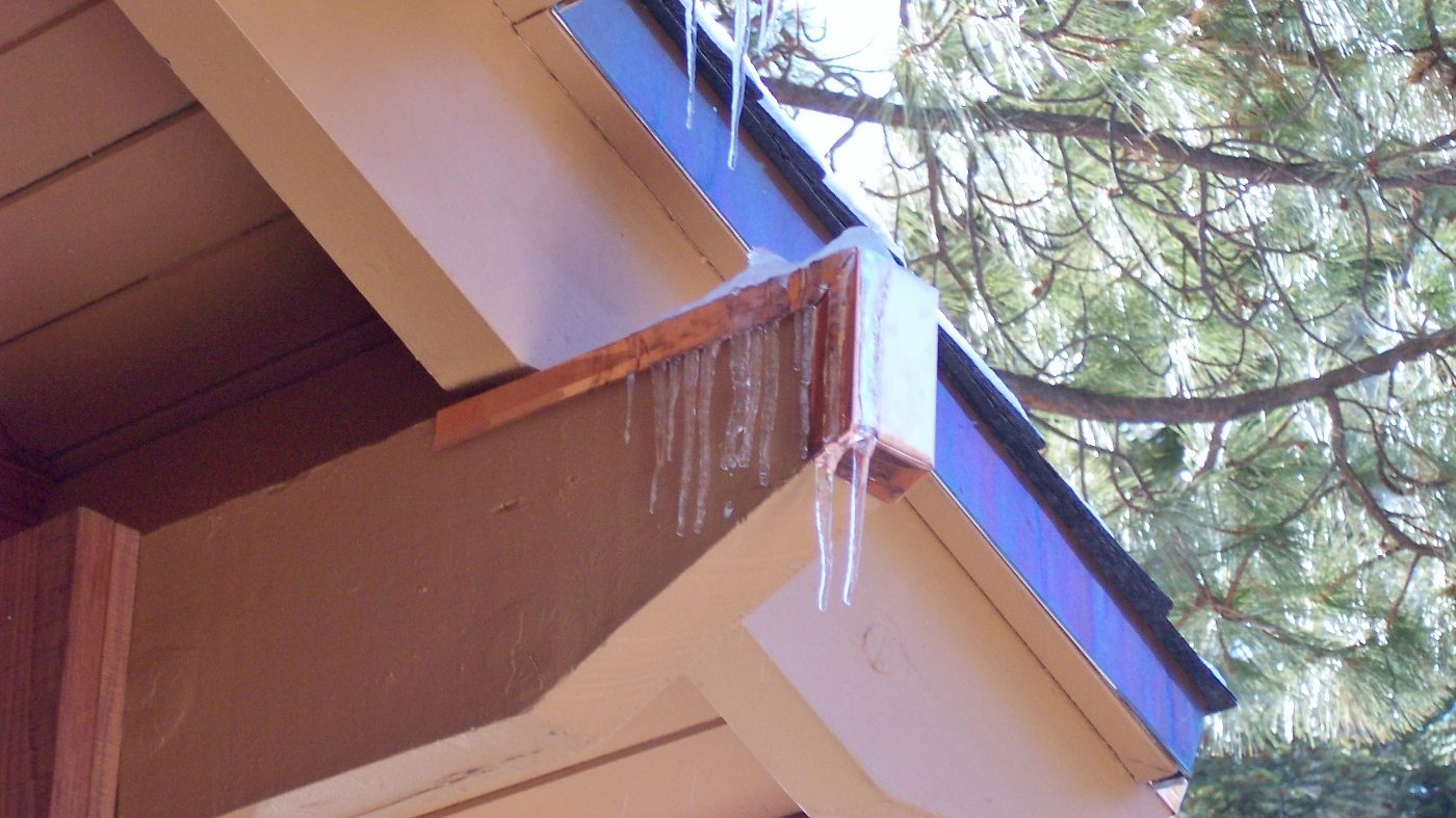 Copper Beam Cap Protecting A Wood Beam From Ice Damage Beams Copper Roof Wood Protection