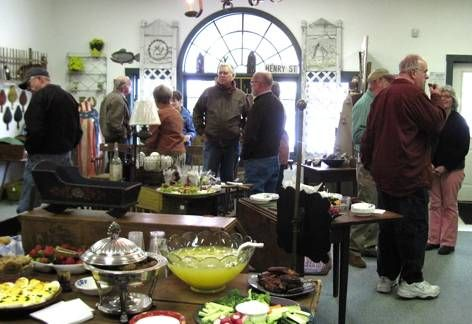 Keepers Antiques ~~ http://www.keepersantiques.biz/