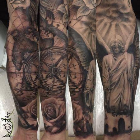 tattoo foto engel kompass rose tattoos. Black Bedroom Furniture Sets. Home Design Ideas