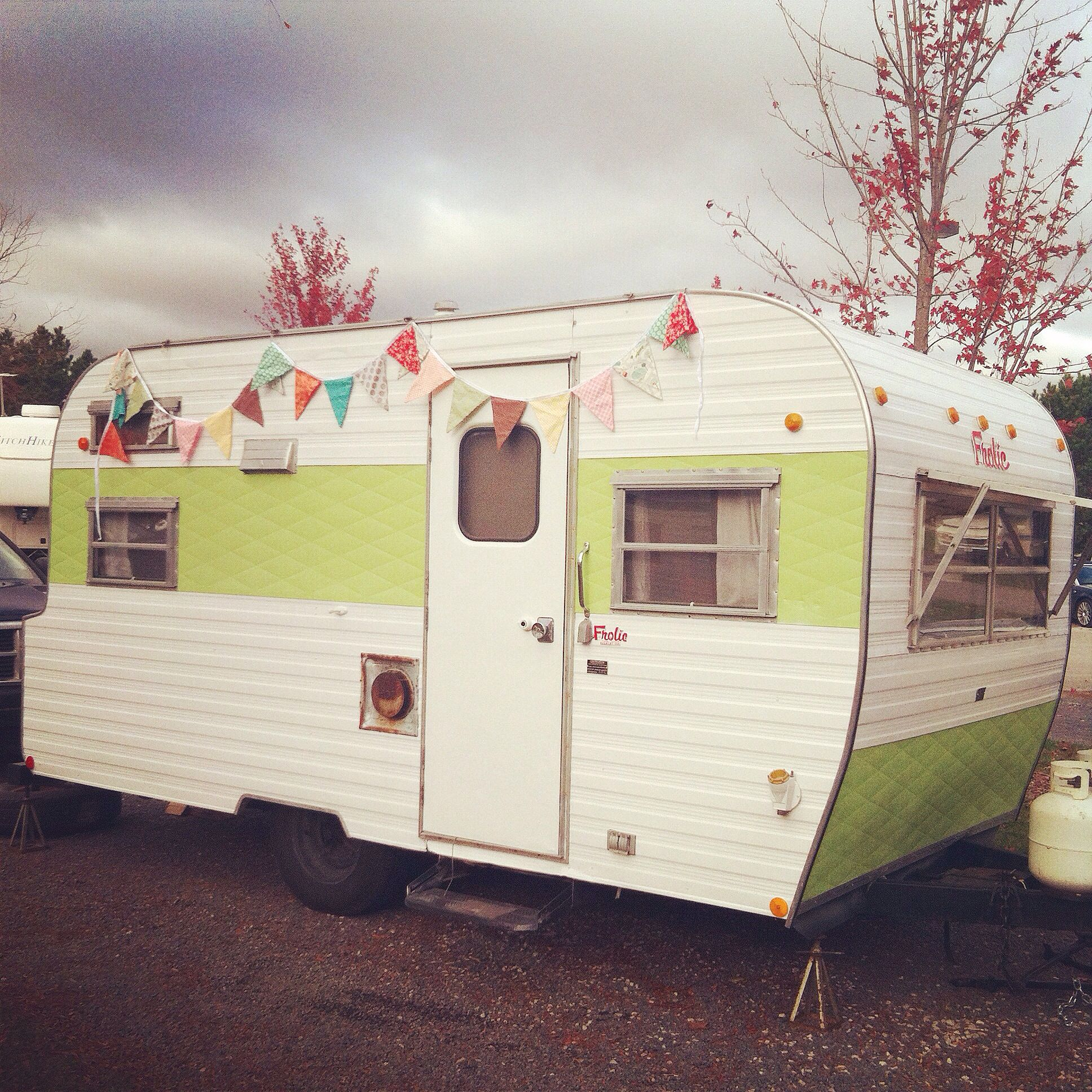 Travel Trailers With Outdoor Kitchens: 1967 Frolic Vintage Camper