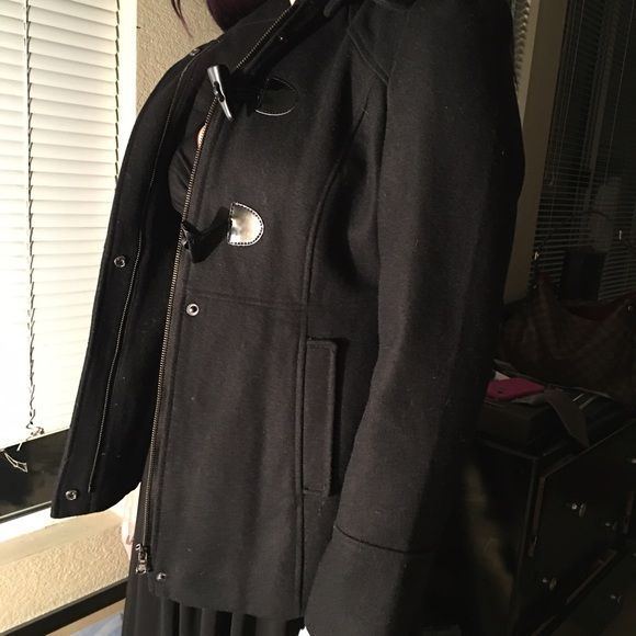Hooded Guess Jacket Black hooded Guess jacket. Worn twice, practically new. Guess Jackets & Coats