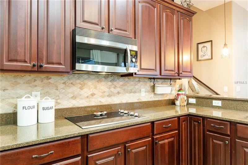 8310 Creedmoor Lane, New Port Richey FL: 5 bedroom, 3 ...