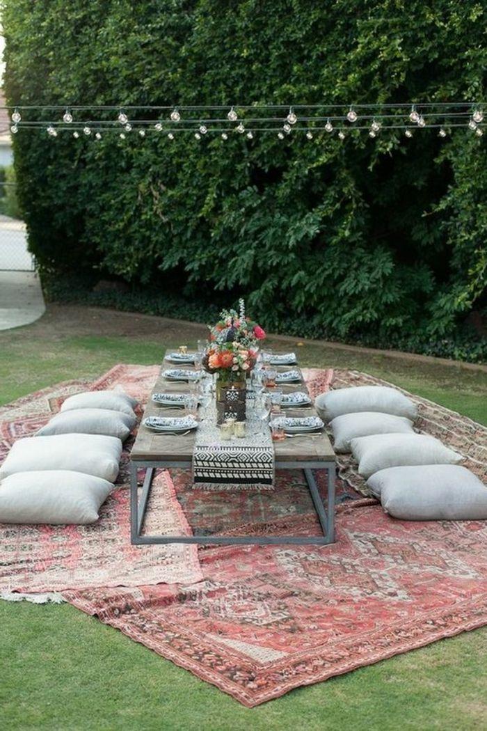 tischdeko gartenparty blumen sitzkissen teppiche. Black Bedroom Furniture Sets. Home Design Ideas