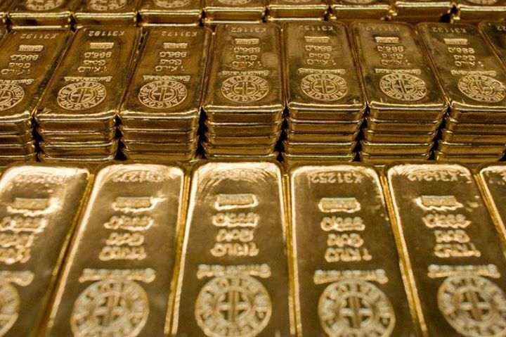 الذهب ينتعش من ادنى سعر له بعد اسوأ اسبوع من الاداء على مدى 3 سنوات - الذهب يرتفع بنسبة 1% #اخبار.- ارتفعت أسعار الذهب بنسبة قوية خلال تداولات امريكا الشمالية لليوم الاثنين حيث عاد التجار إلى السوق للحصول على التقييمات الرخيصة بعد ان عانت العقود الآجلة أسوأ أداء لها على مدى أسبوع لها منذ ايلول/سبتمبر ايلول 2013 . ففي قسم كومكس من بورصة نيويورك التجارية ارتفعت عقود الذهب تسليم كانون الاول/ديسمبر بنسبة 1.2 لتصل إلى اعلى سعر لها بمقدار 1.266.75 دولار للاونصة وكان اخر تداول عند 1.266.75 دولار…