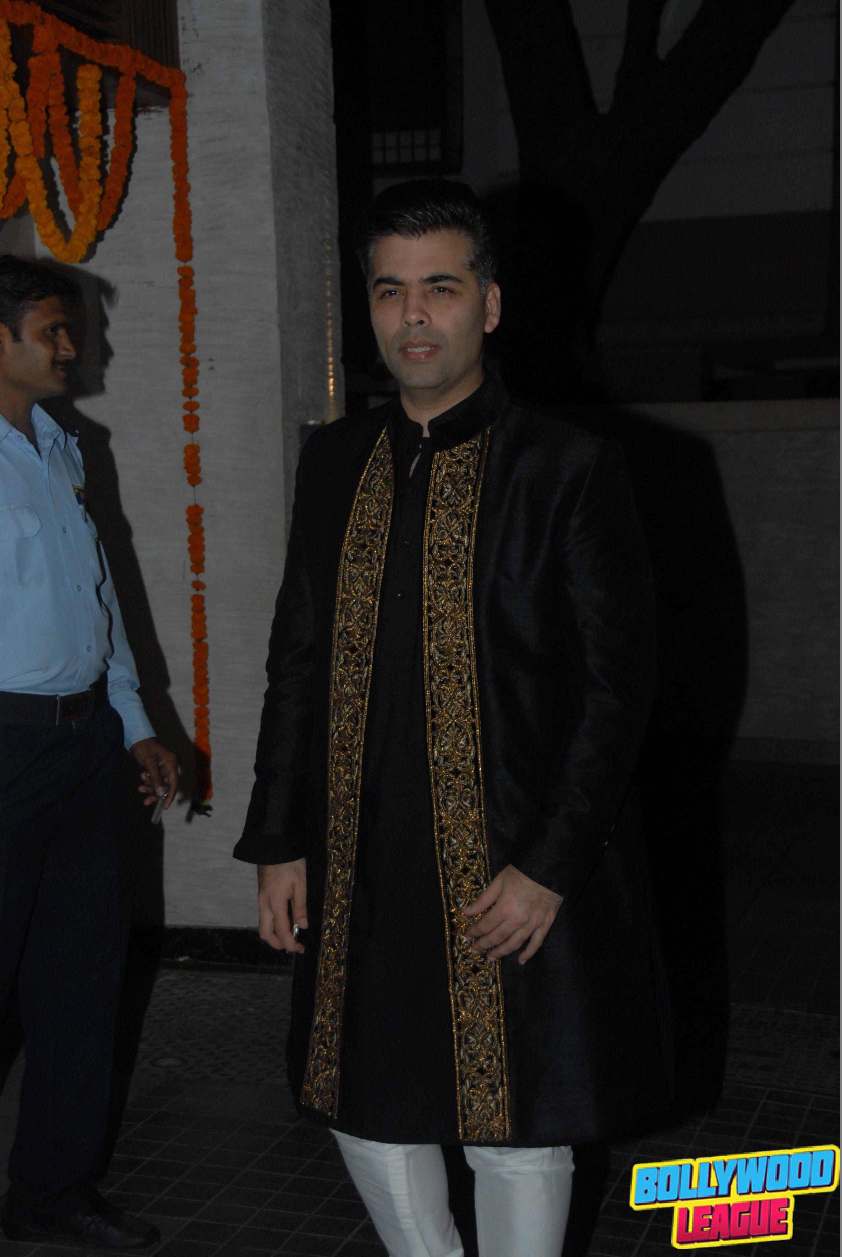 Best dresses to wear to a wedding reception  Soha Ali Khan and Kunal Khemu Wedding Reception Pics bollywood