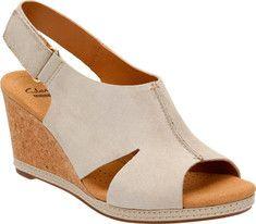 Womens Sandals Clarks Helio Float 4 Brown Suede