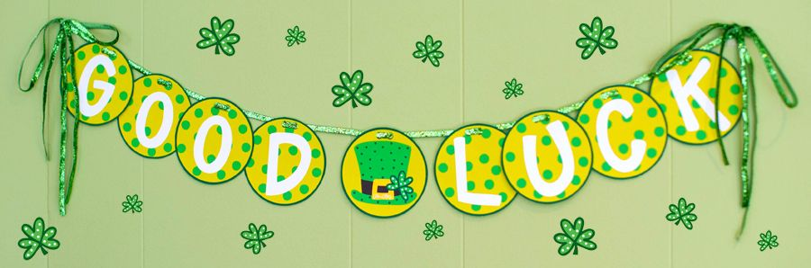 39 good luck 39 printable banner hang this up st patrick 39 s - Lucky color of the day ...