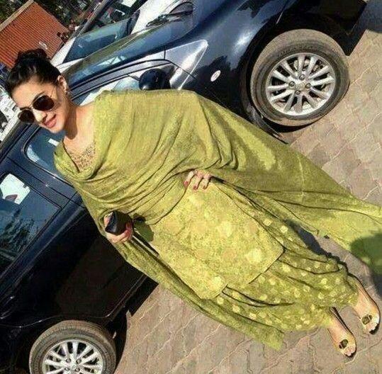 Pin By Neetu Gagan Gauba On Mehndi: Green Punjabi Suit