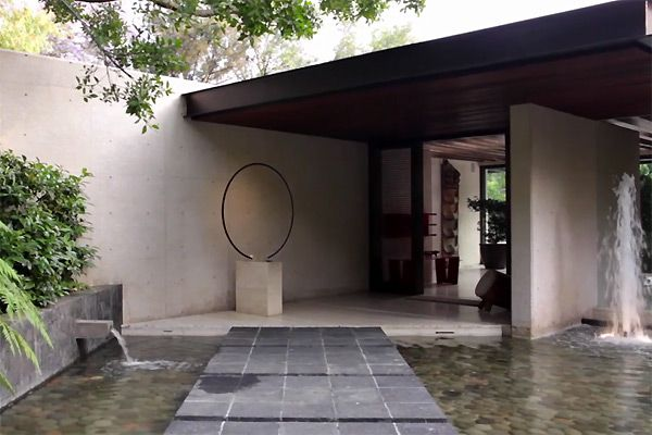 carlos herrera the house is south of mexico city mid century modern - Modern Architecture Mexico