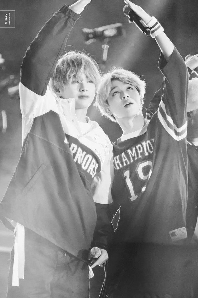 Vmin .Love. Cre: the owner/as logo