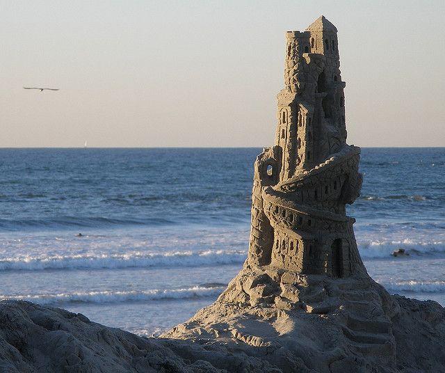 25 Summer Sandcastles Built by Kids