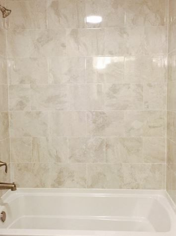 Wall Tile Marble Falls Ma40 10x14 White Waters Horizontal Brick Joint Daltile My Home Design Bath Tiles