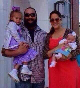 Windham Rotunda (Bray Wyatt) and family