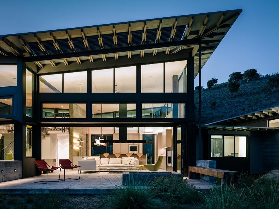 Modern Home In Harmony With Hillside Feldman Architecture Hgtv Architecture Butterfly House Butterfly Roof