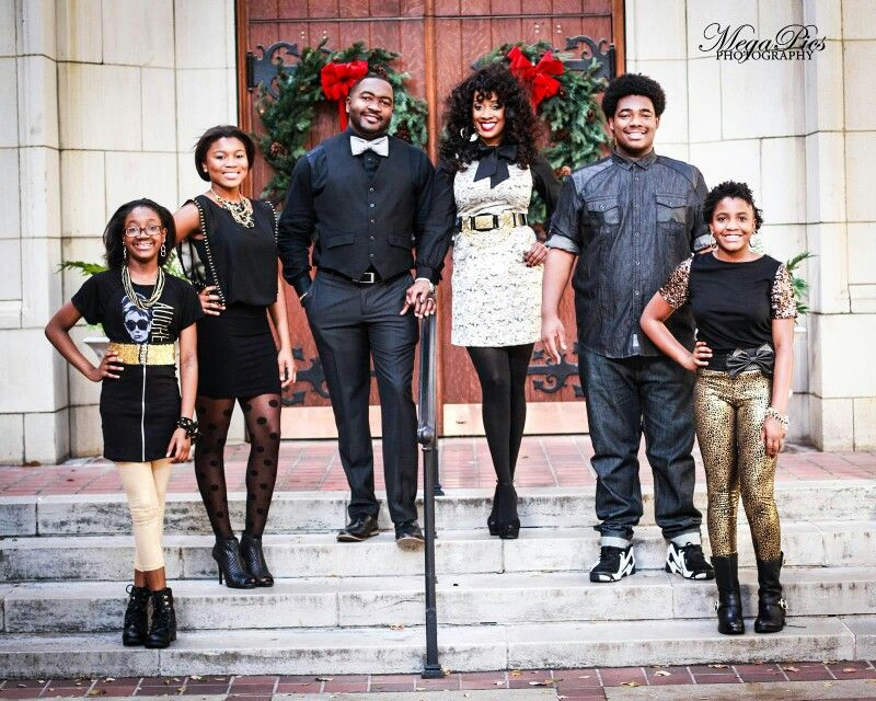 Family Christmas Cards Holiday Family Pictures Family Pictures Gold And Black Christmas Family Christmas Pictures Family Holiday Pictures Black Families