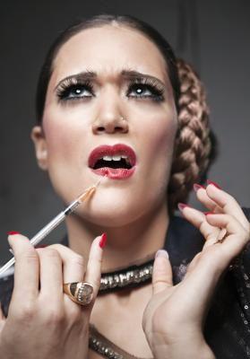 Cremas antiarrugas que funcionan tan bien como el Botox | eHow en Español
