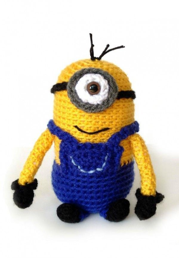 Free One-Eyed Minion Crochet Pattern | Häckeln | Pinterest | Tejido ...