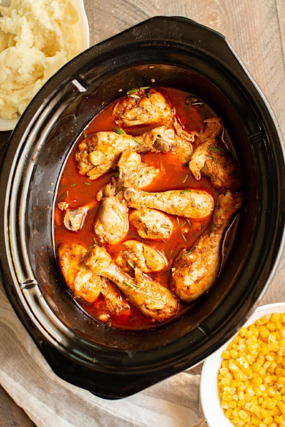Slow Cooker Buffalo Ranch Drumsticks Chicken slow cooker