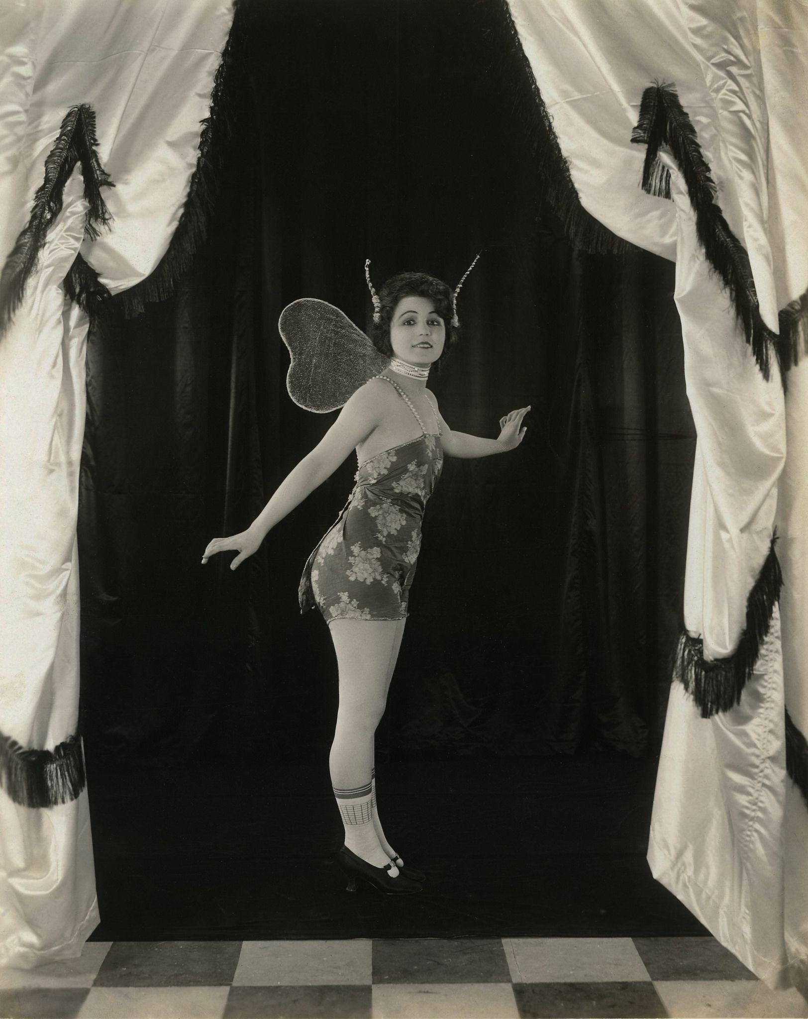 nudes Ethel Teare (41 fotos) Erotica, Facebook, in bikini