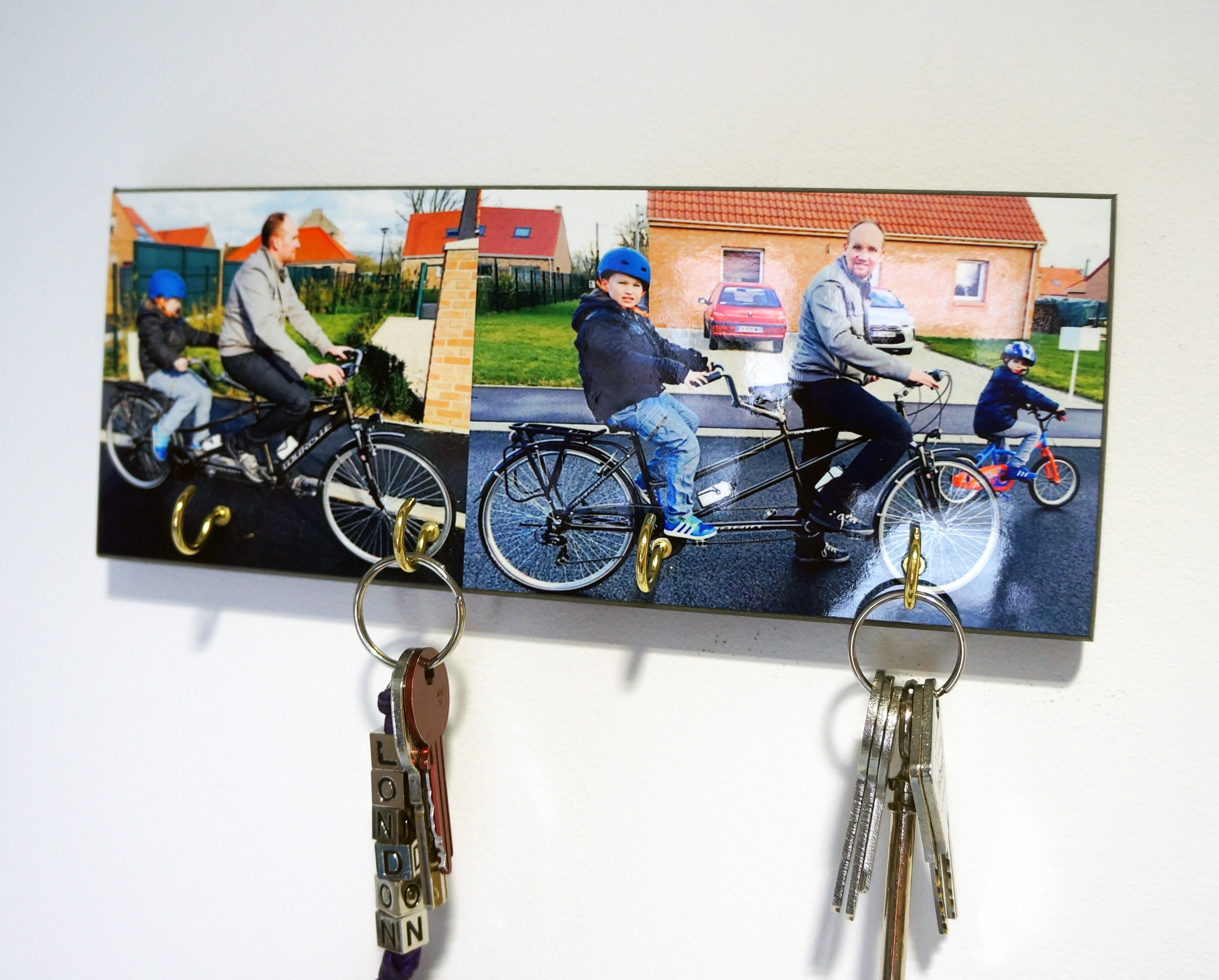 Un support mural pour accrocher vos cl s port e de mains personnalis avec la photo de votre - Porte cle mural personnalise ...