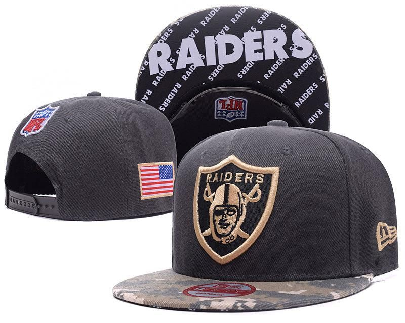 298a685d Men's Oakland Raiders New Era 9Fifty NFL Sideline Official America Snapback  Hat - Black / Digital Camo