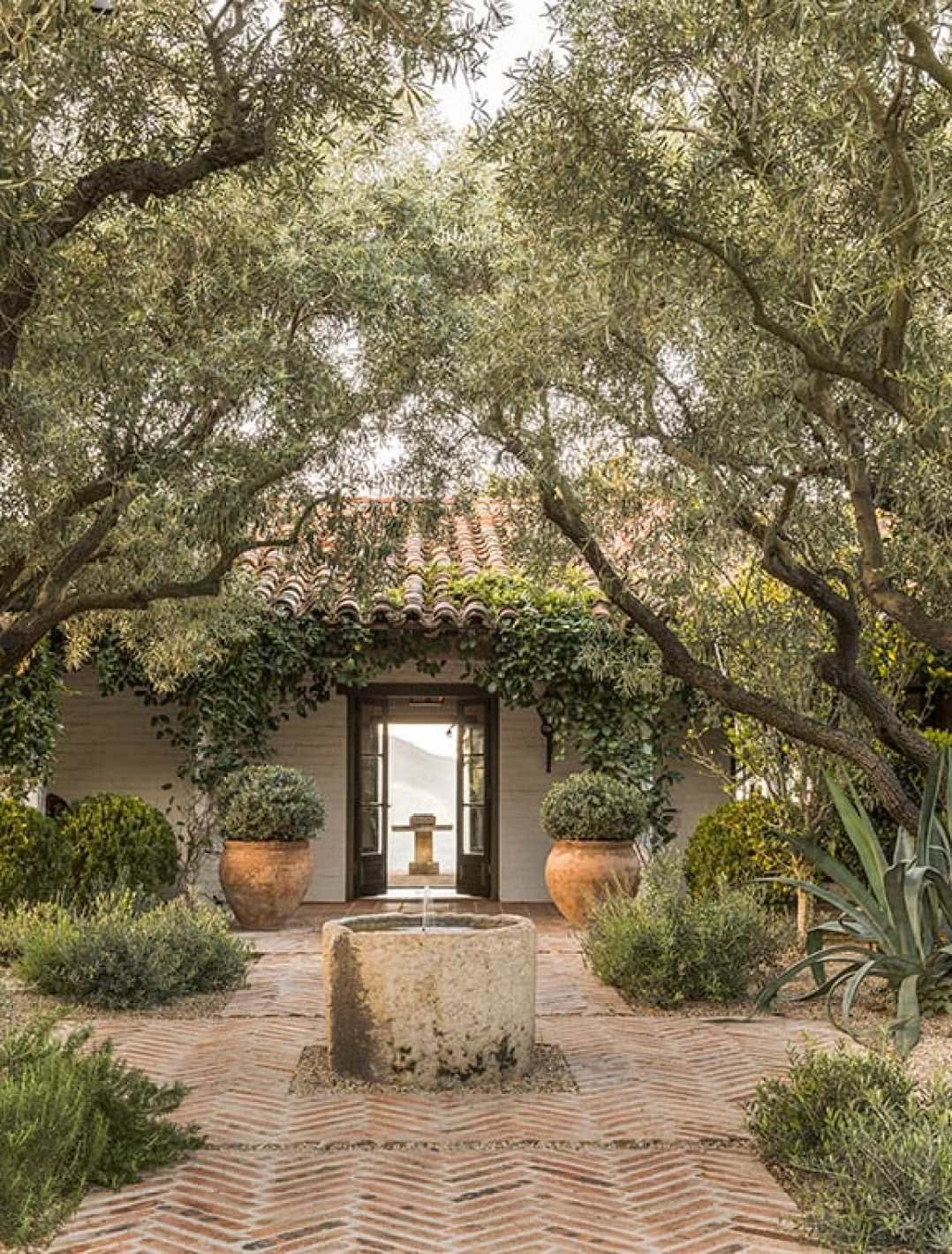 Design Ed-Scott Shrader Garden Design-rough luxe lifestyle #gardendesign #outdoor living