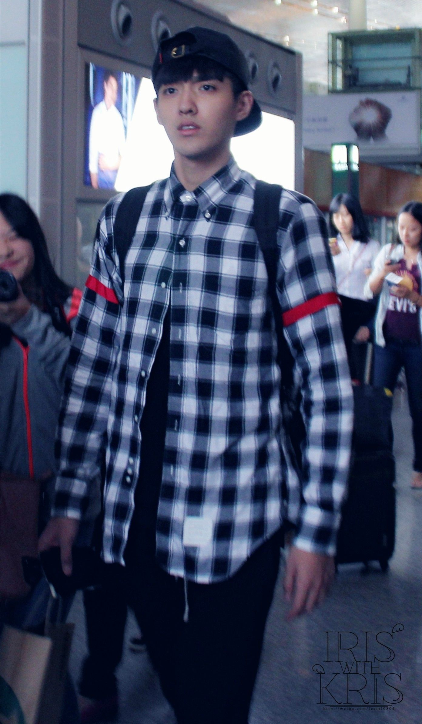 #Kris looks like #Chanyeol in this style