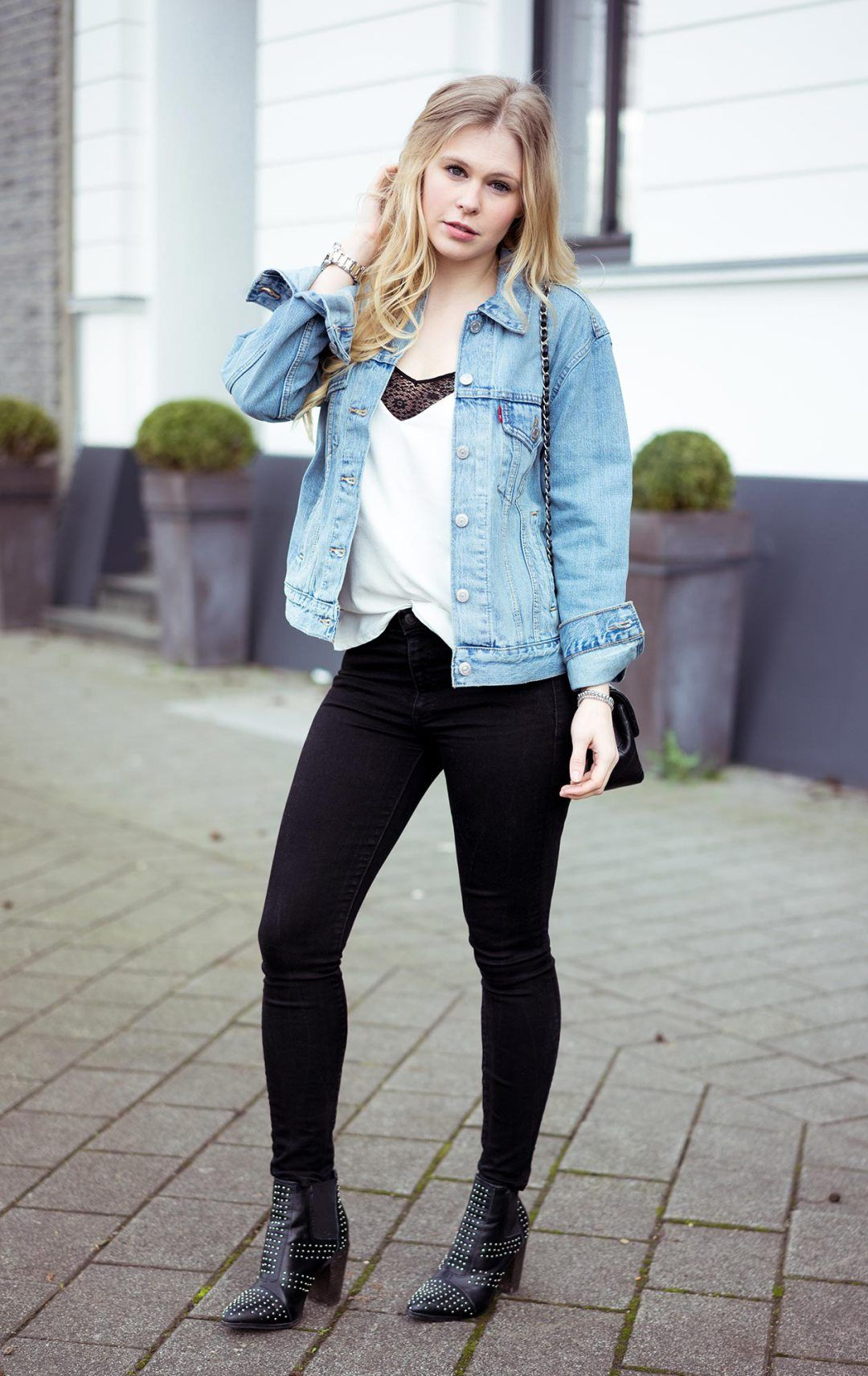 oversize jeansjacke by levi s jean outfits and fashion. Black Bedroom Furniture Sets. Home Design Ideas