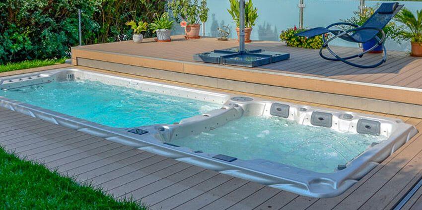 Ein Whirlpool oder Swim Spa kann nicht nur im Freien ...