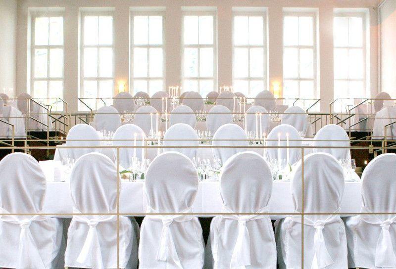 Die Alte Versteigerungshalle Des Kolner Grossmarktes Zahlt Zu Den Ungewohnlichsten Hochzeits Locations K Hochzeitslocation Dusseldorf Koln Hochzeitslocation Nrw