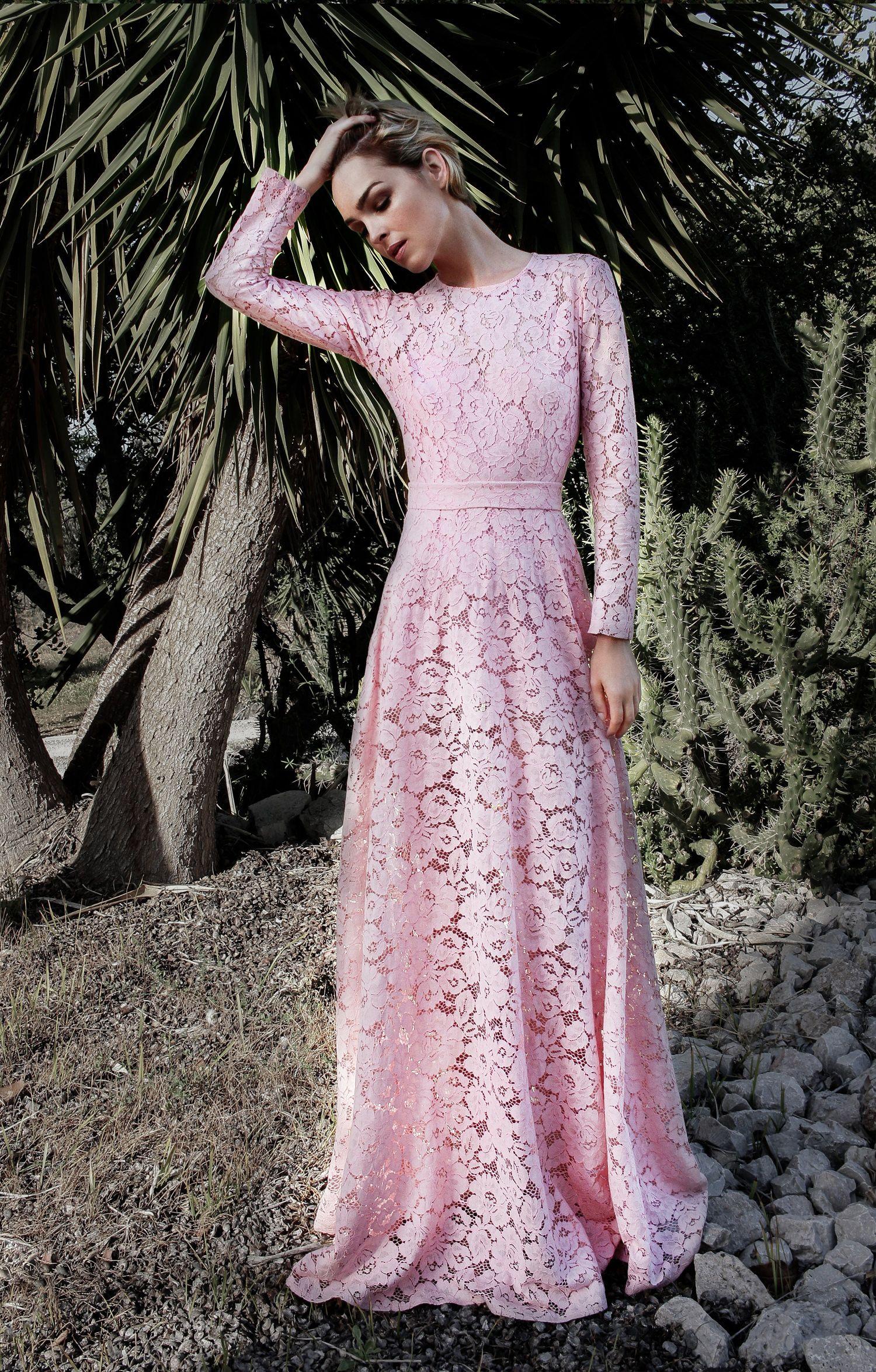 Designer Spitzenkleid  Designer kleider, Rosa kleid, Kleid mit ärmel