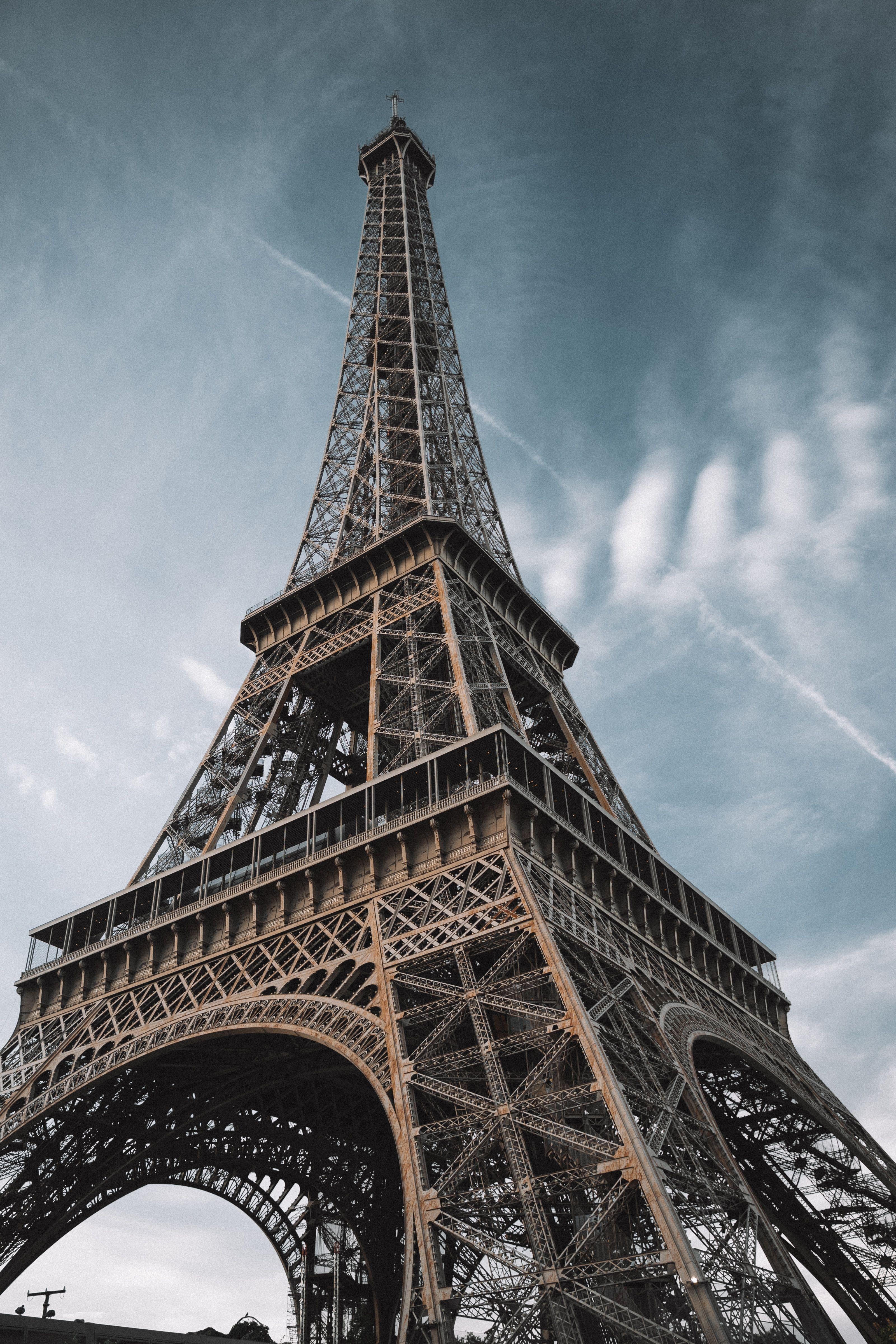 Eiffel Tower Wallpaper Design Idea In 2020 Eiffel Tower Photography Eiffel Tower Paris Eiffel Tower
