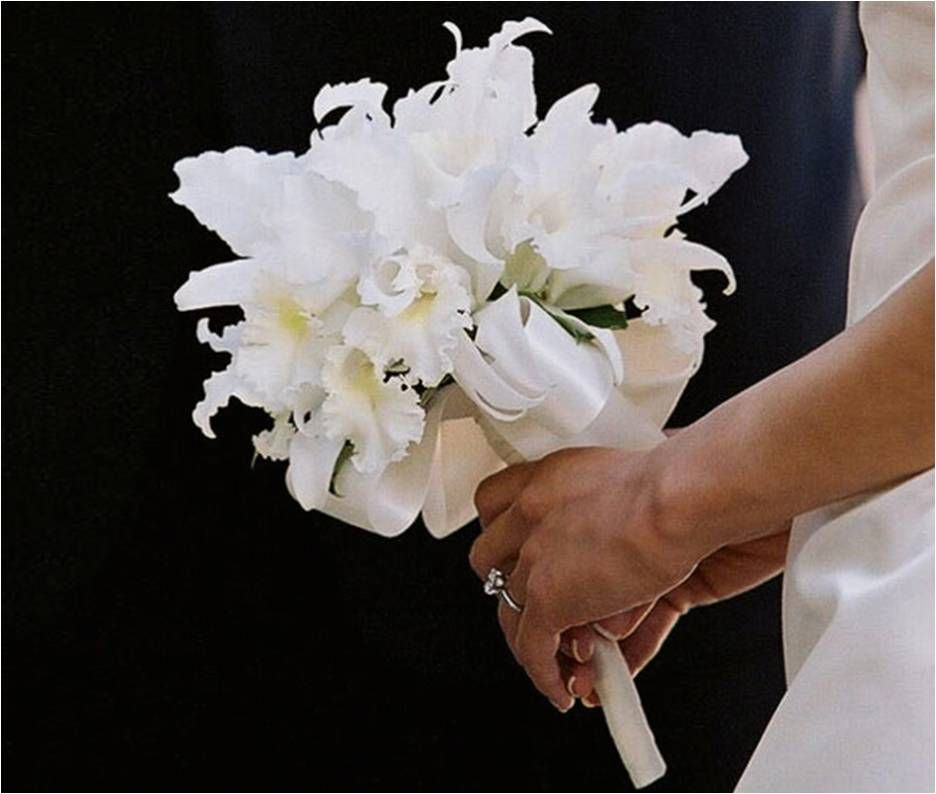 Pin By Danni Hatfield On Wedding Bouquets Orchid Jewelry Orchid Bouquet Cattleya Orchid