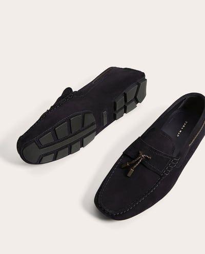 mocassins en cuir bleu marine cuir chaussures homme zara france agencements pinterest. Black Bedroom Furniture Sets. Home Design Ideas