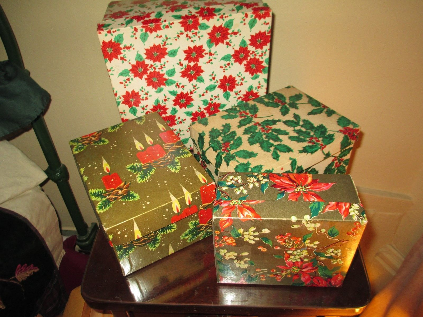 Very Nice Lot Of 4 Vintage Mid Century Modern Christmas Gift Boxes