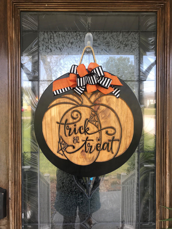 Halloween Door Hanger, Halloween Sign, Halloween Decor