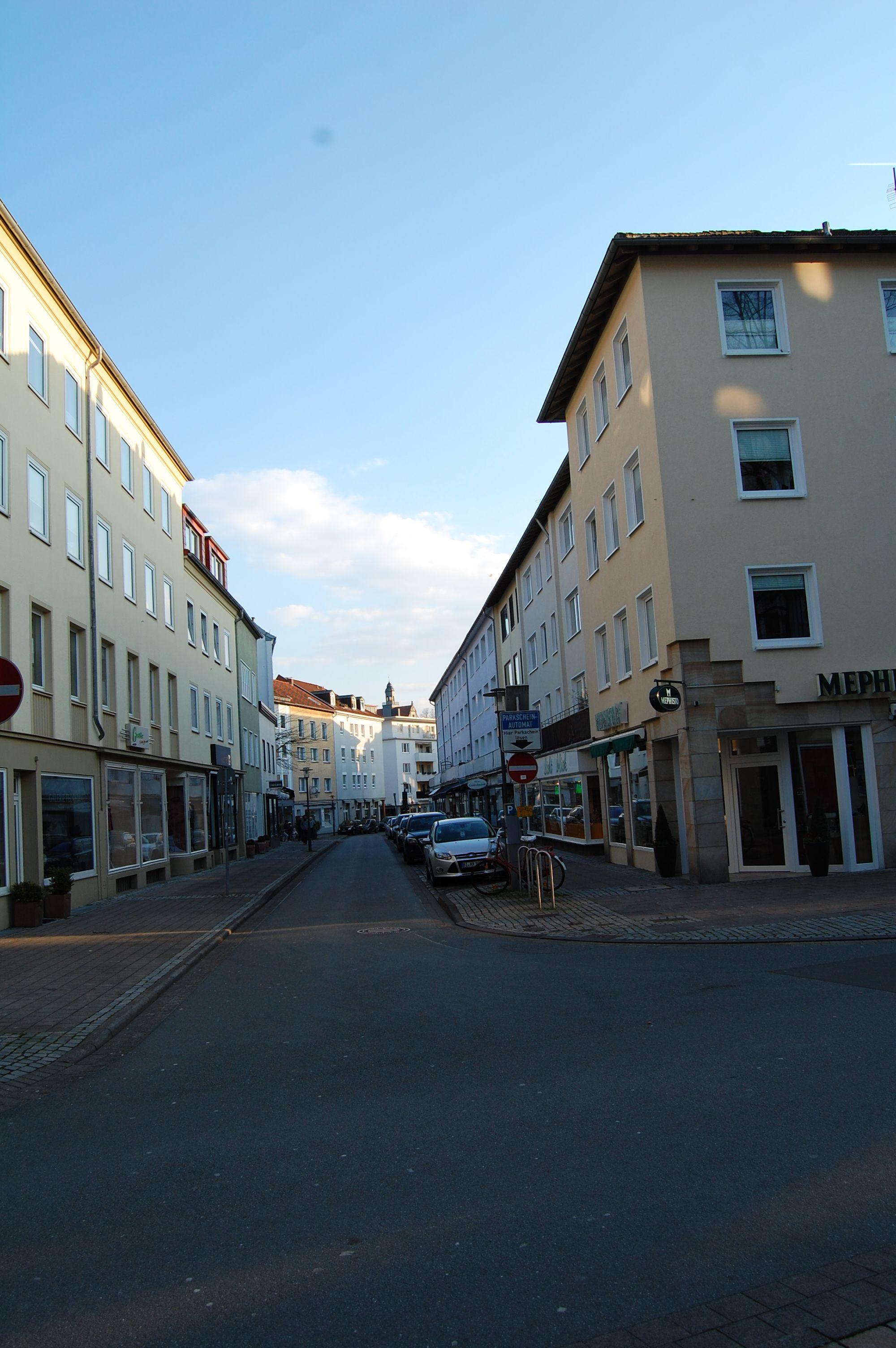 Stadt Bielefeld - Blick in die Straße Gehrenberg   Stadt