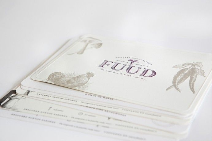 FUUD_FUUD_We were asked to design the packaging for Fuud, a company dedicated on elaborating under monthly subscription, boxes of gourmet products and recipes. We focused on creating a warm and low cost box that would make the client keep it.