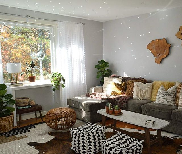 Caution ::: disco balls cause extreme happiness  Take notes from my girl, Megan @undecorated_home  #moreismoredecor