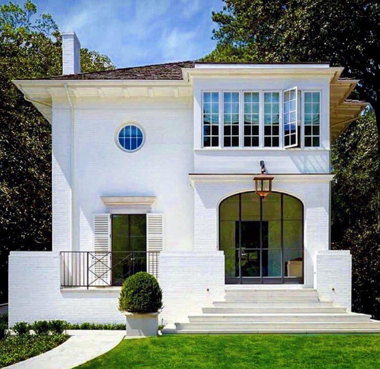 Modern Mansion, Exterior Design